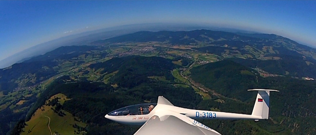 Segelflug über dem Schwarzwald