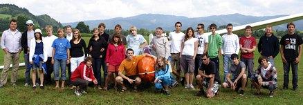 Die Jugendgruppe unseres Vereins während des Sommerfluglagers