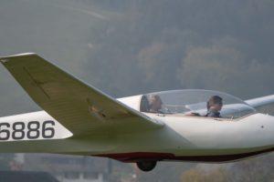 Doppelsitziger Schulungsflug